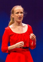 Ans Hekkenberg gives TEDx talk on diversity in science
